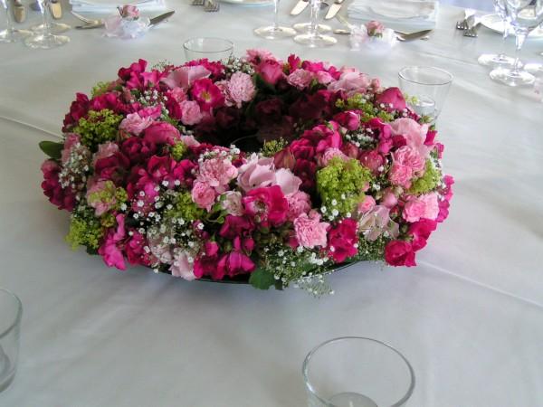 Blumenkranz mit Rosen